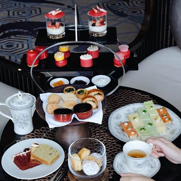 exclusive Hanoi hotel high tea set