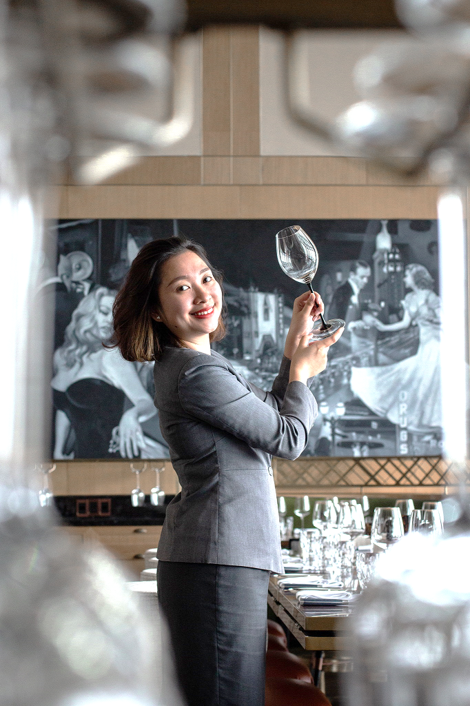 InterContinental Hanoi Landmark72 sommelier