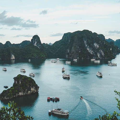 Khám phá vịnh hạ long gần hà nội cùng intercontinental hanoi landmark72 khách sạn 5 sao sang trọng cao nhất việt nam