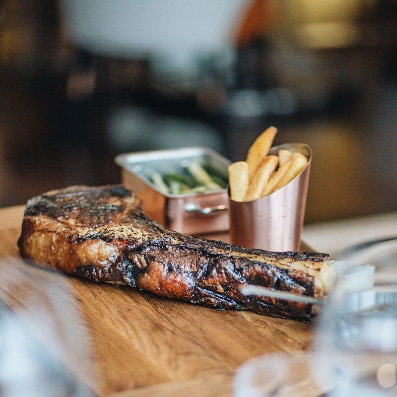 thịt bò hoàn hảo tại intercontinental hanoi landmark72 khách sạn 5 sao sang trọng cao nhất hà nội