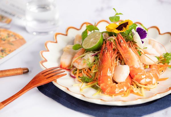 nha trang seafood salad from Hanoi hotel restaurant