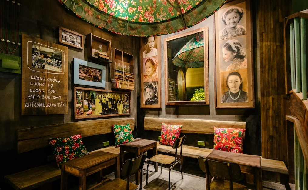 Cong caphe, rustic, military chic decor cafe in Hanoi