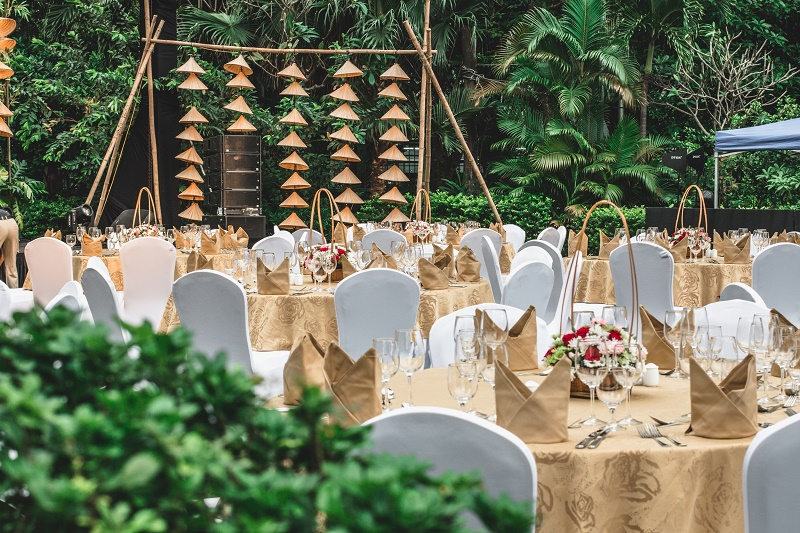 luxurious garden party at hanoi city hotel
