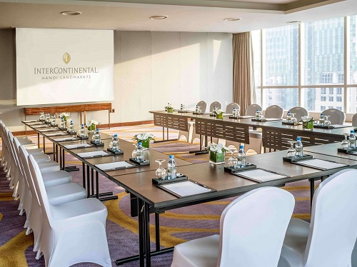 meeting room filled with natural lighting at intercontinental hanoi landmark72 hanoi city hotel