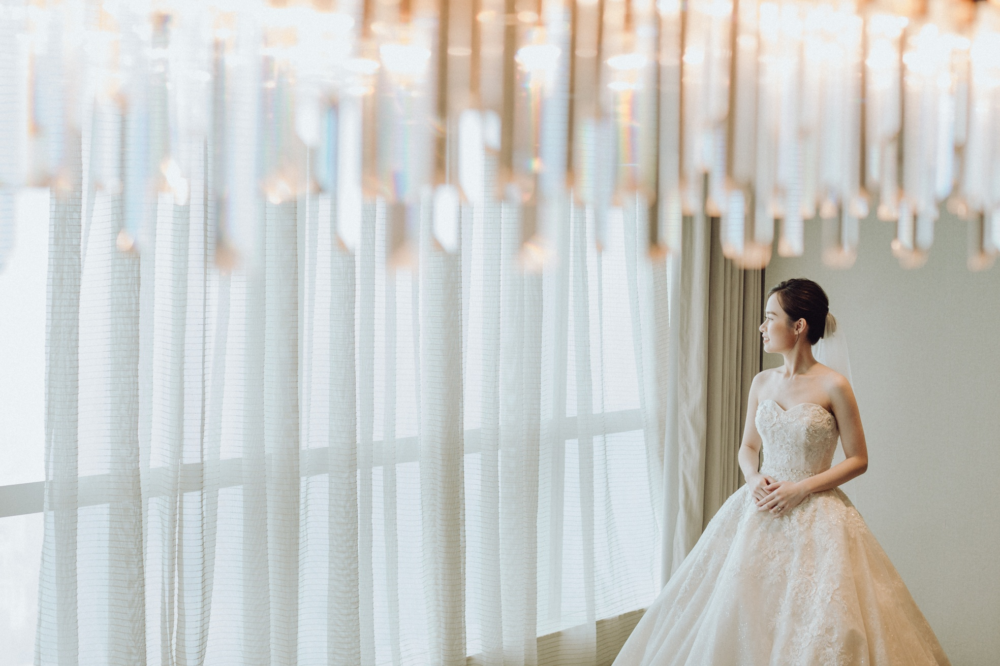 a beautiful bride at Hanoi hotel wedding