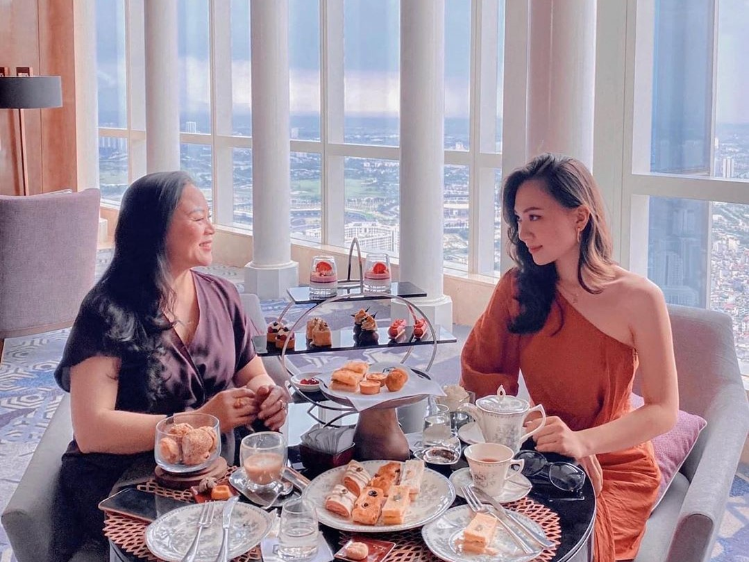 intercontinental hanoi afternoon tea with best city view