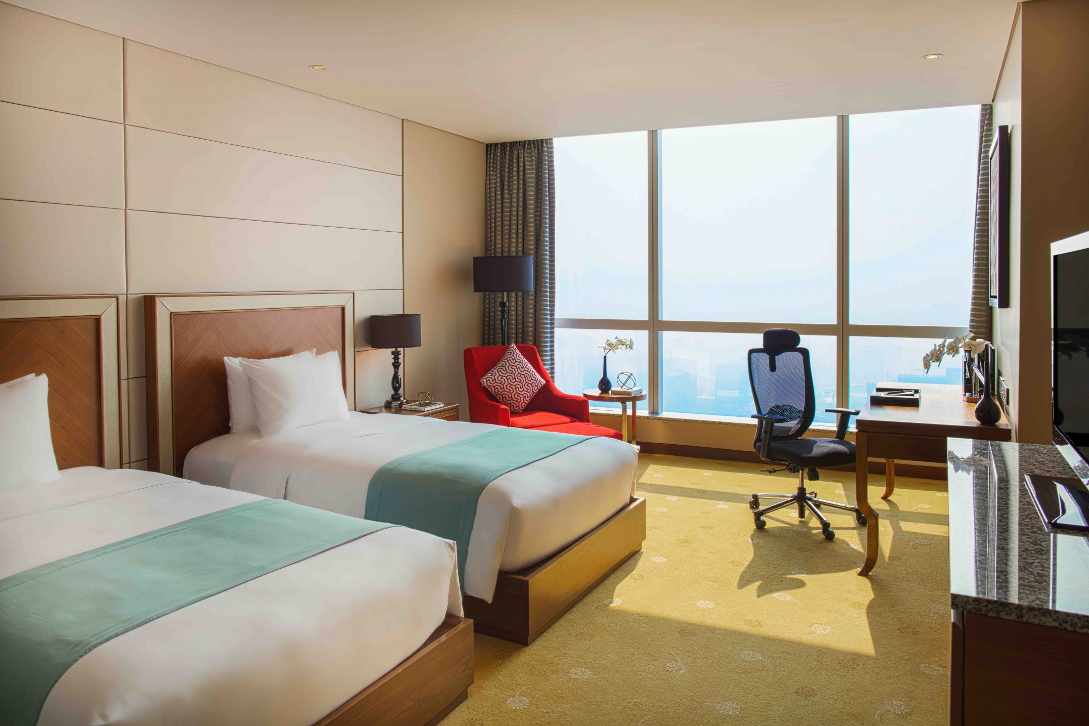 intercontinental hanoi twin deluxe room near ncc vietnam national convention center