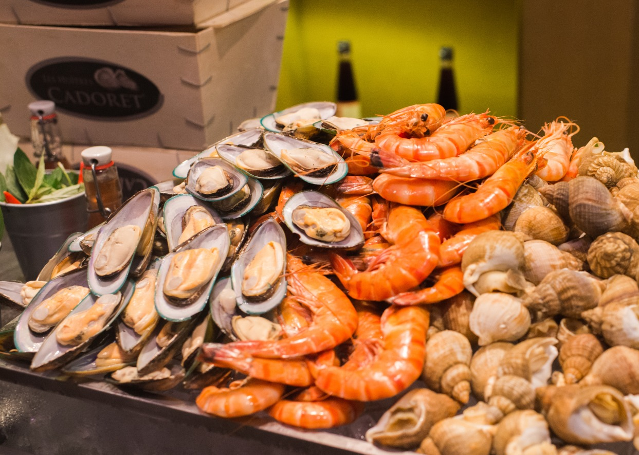 intercontinental hanoi seafood buffet