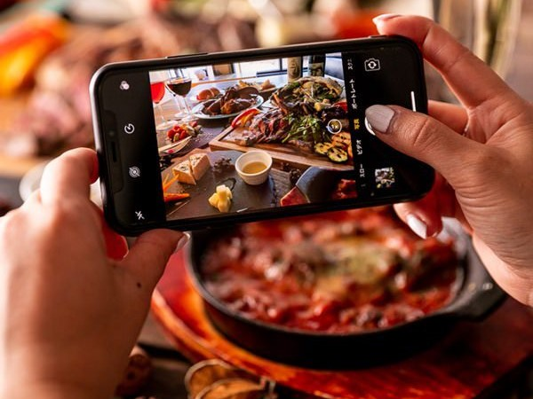 share photo stellar steakhouse intercontinental hanoi landmark72 on facebook instagram to get special price