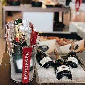 rượu champagne Bollinger tinh tế tại khách sạn ở Hà Nội