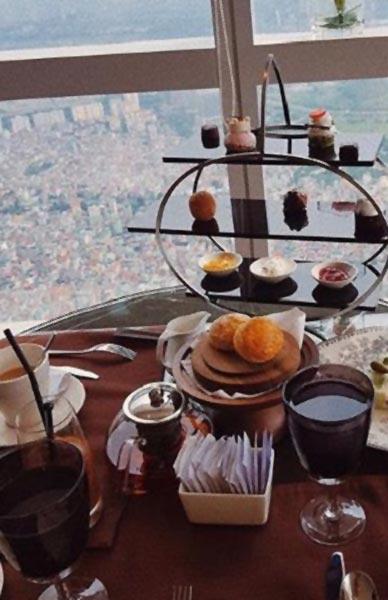 Bữa trà chiều của khách sạn tại Hà Nội
