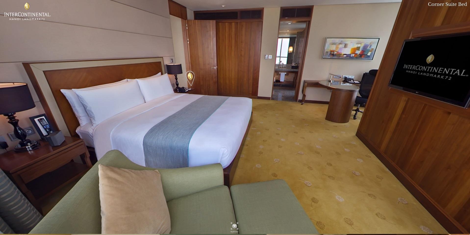 Hanoi luxury hotel spacious corner suites