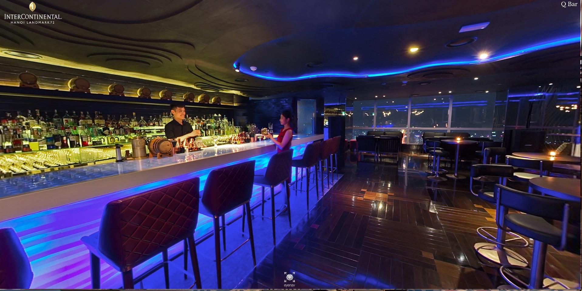 Hanoi luxury hotel bar