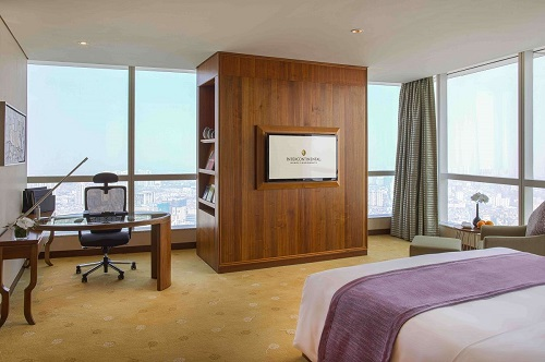 Hanoi hotel corner suite with ergonomic working environment