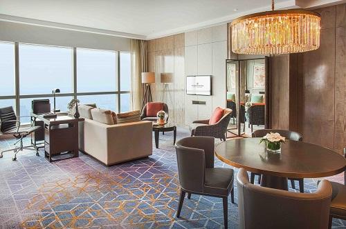 phòng suite sang trọng tại intercontinental hanoi landmark72 khách sạn 5 sao cao nhất hà nội