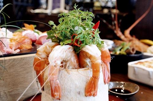 Ẩm thực tinh tế tại nhà hàng khách sạn 5 sao sang trọng cao nhất Hà Nội intercontinental hanoi landmark72